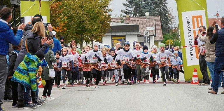 Kinder beim Start des ILE-Gäubodenlaufs